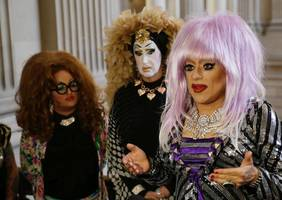 Facebook won't budge on letting drag queens keep their names